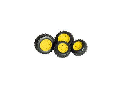 Pneumatici doppi con bordo giallo