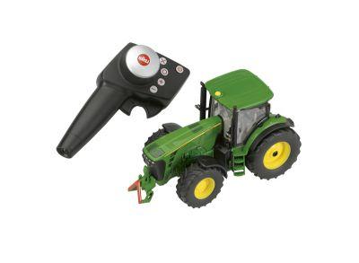 Fjärrstyrd John Deere 8345R traktor med styrmodul